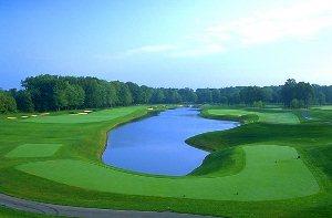 Avalon Lakes Golf Hole 11