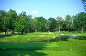 Avalon Lakes Golf Hole 12