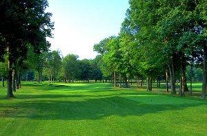 Avalon Lakes Golf Hole 16