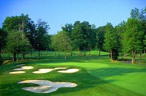 Avalon Lakes Golf Hole 2