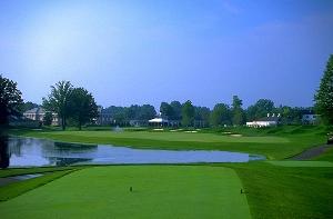 Avalon Lakes Golf Hole 9